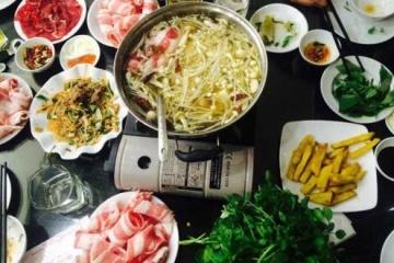 Nhà hàng hải sản bình dân tại Hạ Long