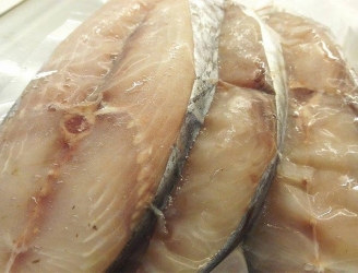 Cá thu phấn (Loại 1) – Cắt khúc – Túi 1kg